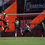 Newell's le ganó dos a uno a Sarmiento